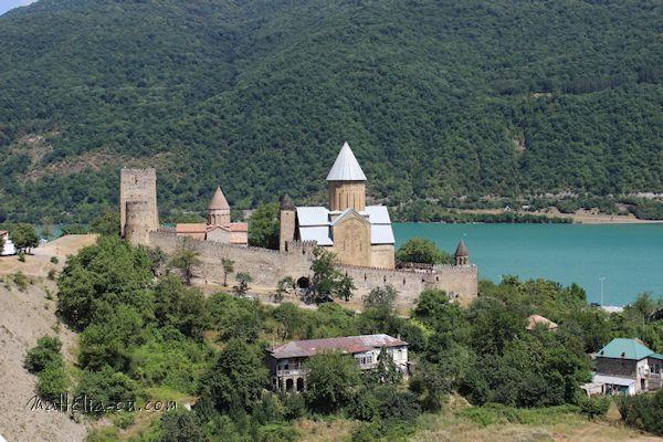 Ananuri Fortress Complex
